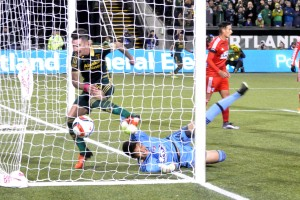 Timbers down FC Dallas 3-1 in first leg of Western Conference Final