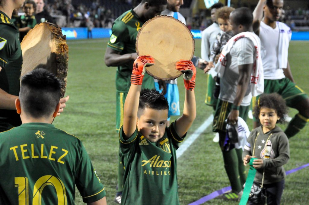 Valeri scores in MLS-record ninth straight match in Timbers 3-0 win over Orlando